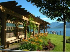 Gardens along the lakefront Promenade in Nakusp