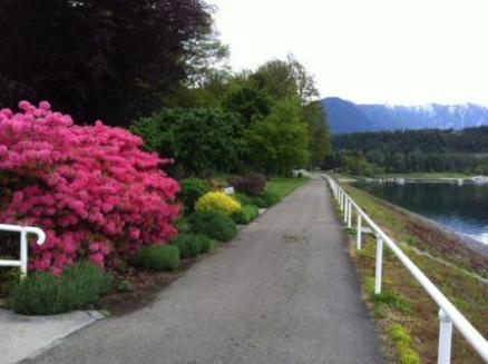Waterfront promenade in Nakusp