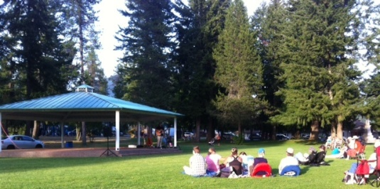 Music in the Park at Nakusp